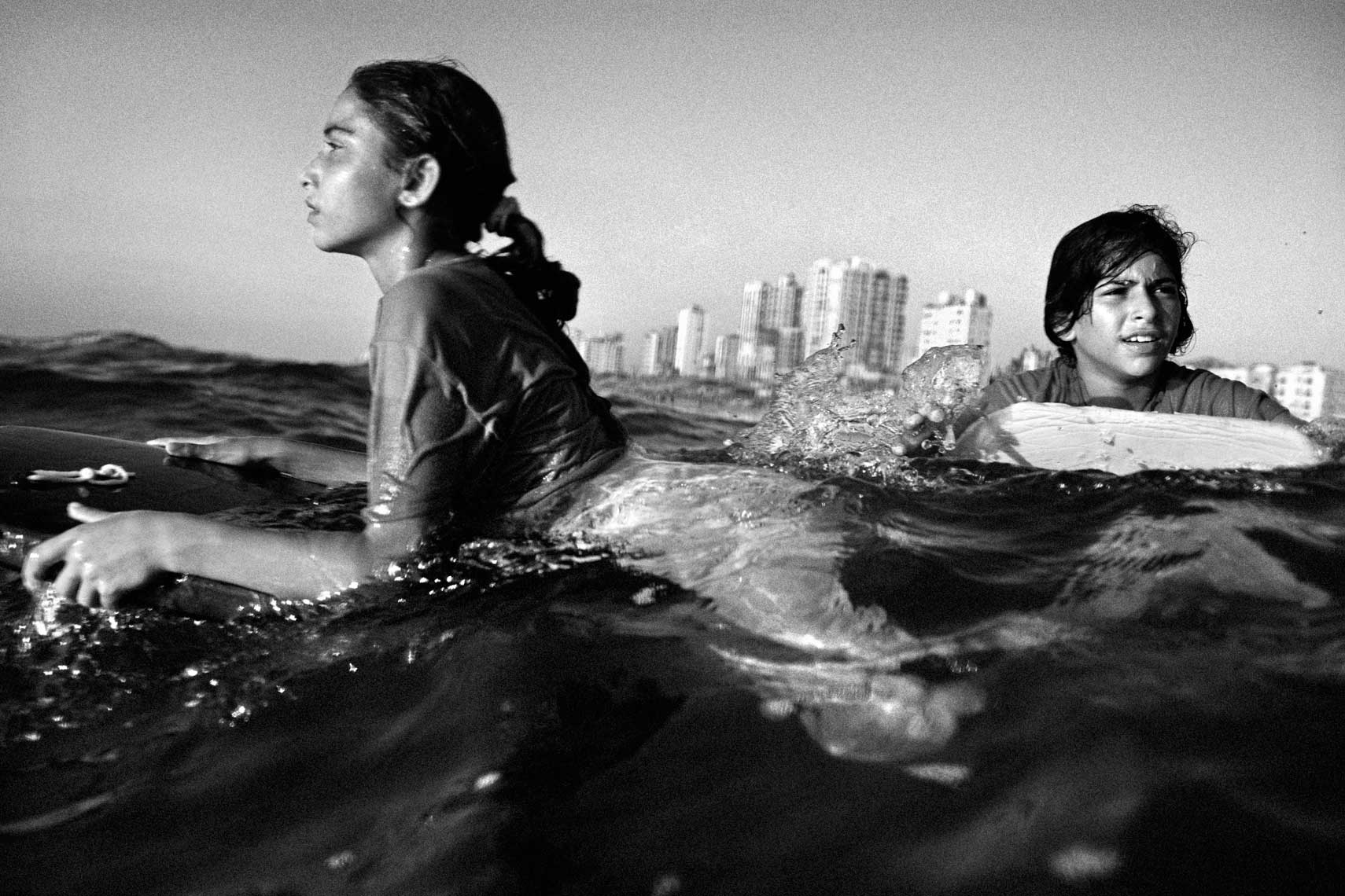Gaza Surfer Girls